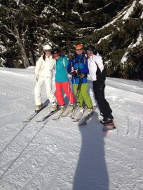 Costin, Eunice and friends (Robin & Kasia) on the run down to the Fys chair, Morzine